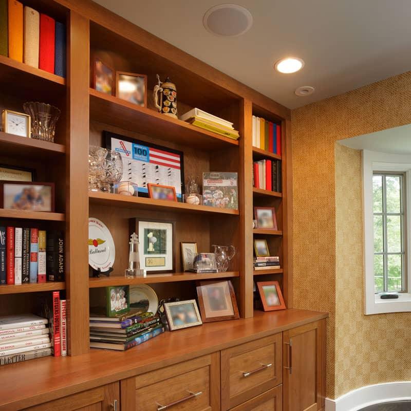 Custom Office with Bookshelves PA